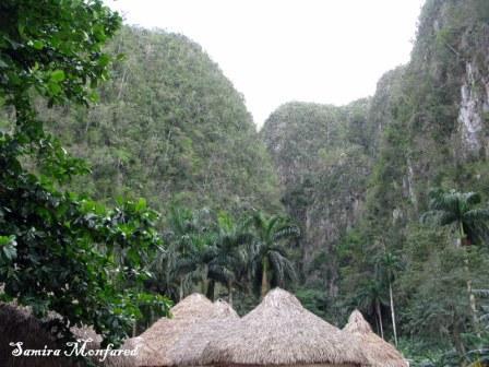 غارهای آبی