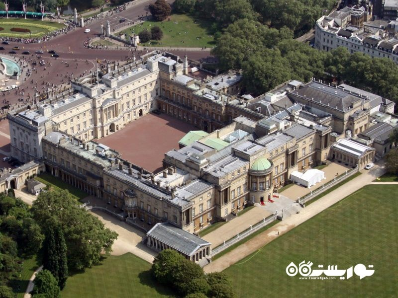 کاخ باکینگهام لندن (Buckingham Palace)