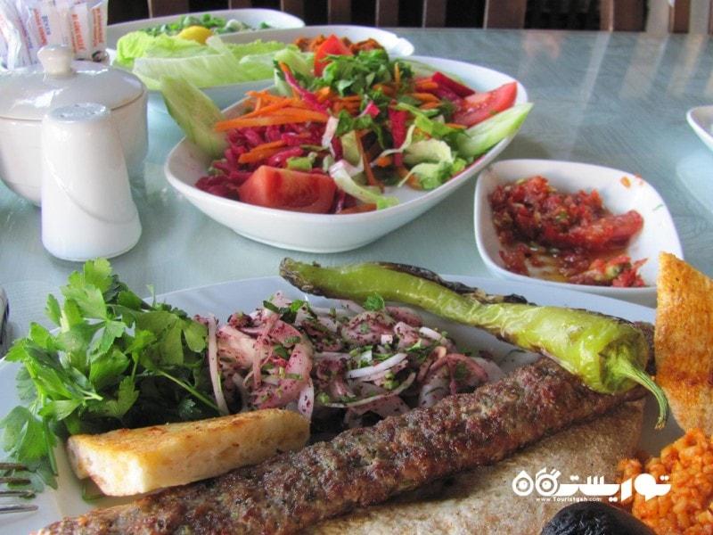 در آنتالیا کجا غذا بخوریم؟