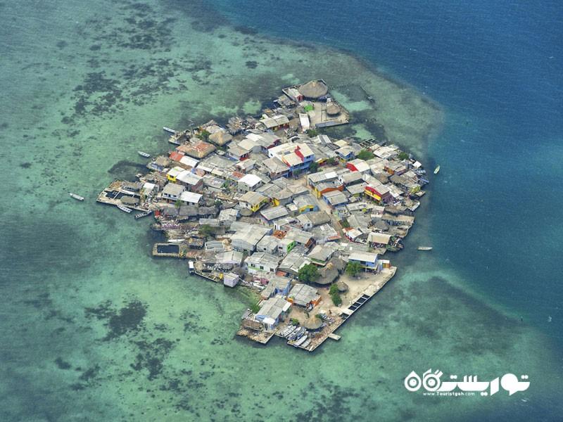 جزیره کوچک سانتا کروز دل ایسلوته (Santa Cruz del Islote) در کشور کلمبیا