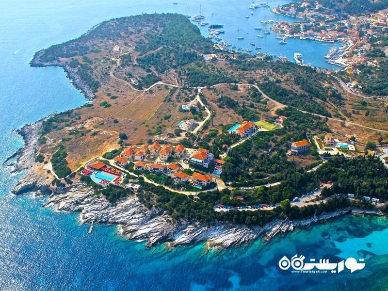 سفالونیا یکی از هفت جزیره موجود در دریای یونان