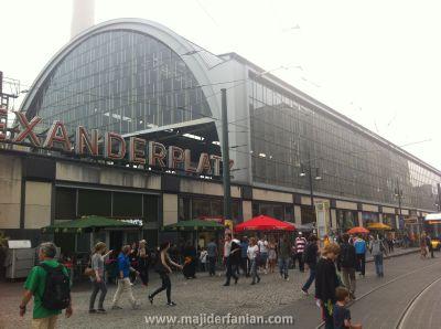 Alexander Plaza (1)