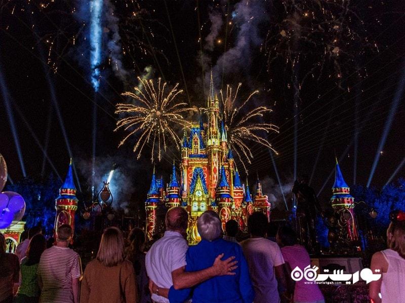 پارک تفریحی مجیک کینگدام (Magic Kingdom)