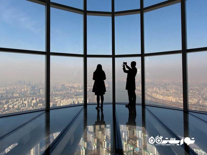 مرتفع ترین عرشه رصد مناظر با کف پوش شیشه ای