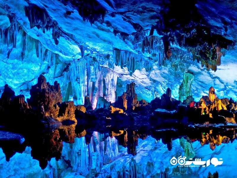 دریاچه غار رید فلوت، چین (Reed Flute Cave Lake, China)