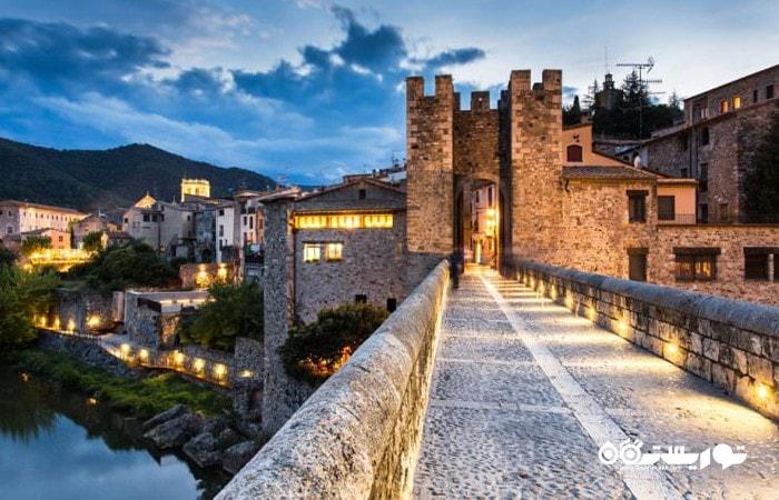 بسالو (Besalú) یکی از شگفت انگیزترین شهرهای اسپانیا
