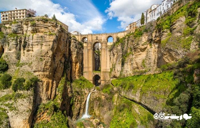 شگفت انگیزترین و باورنکردنی ترین شهرهای اسپانیا