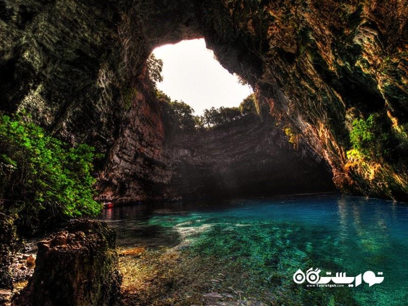 دریاچه غار مِلیسانی، یونان (Melissani Cave Lake, Greece)