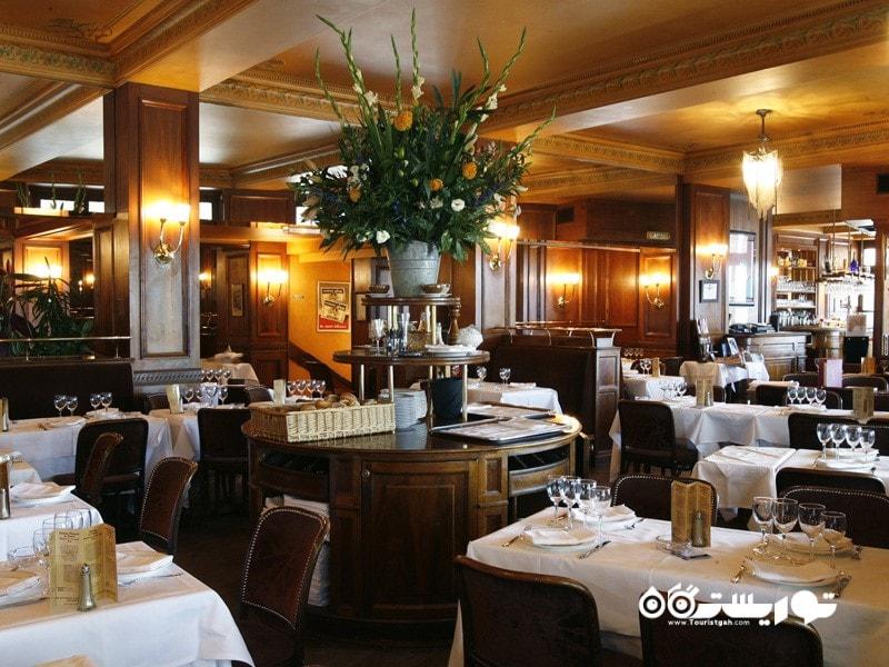 رستوران بِراسِری فِلو، فرودگاه چارلز دِ گوله، پاریس