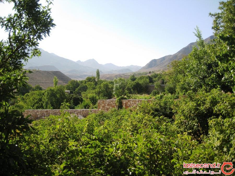 سفرنامه برزک(نگین سبز کوهستان)