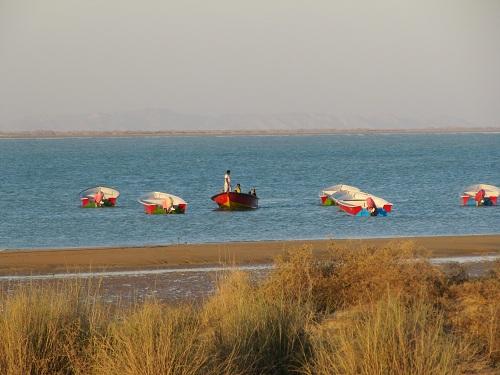 IMG 2046 - ایرانگردی (سیستان و بلوچستان) - سفر به دریای عمان - چابهار، بندر تنگ و گواتر