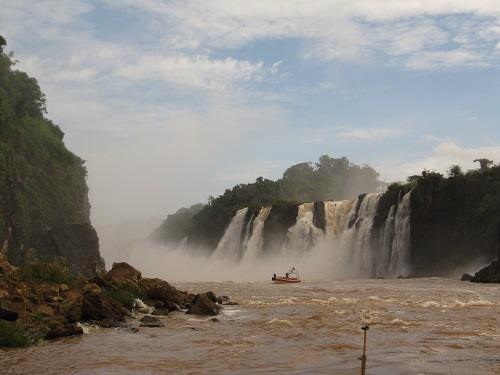 IMG 7296 - سفر به آمریکای جنوبی - برزیل - آبشار ایگواسو (Foz do Iguaco)