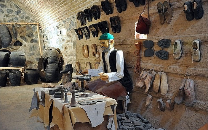 موزه مردم شناسی رباط ویرانی