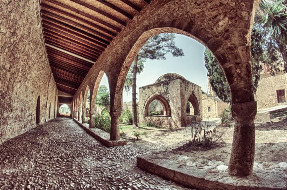 صومعه آیاناپا