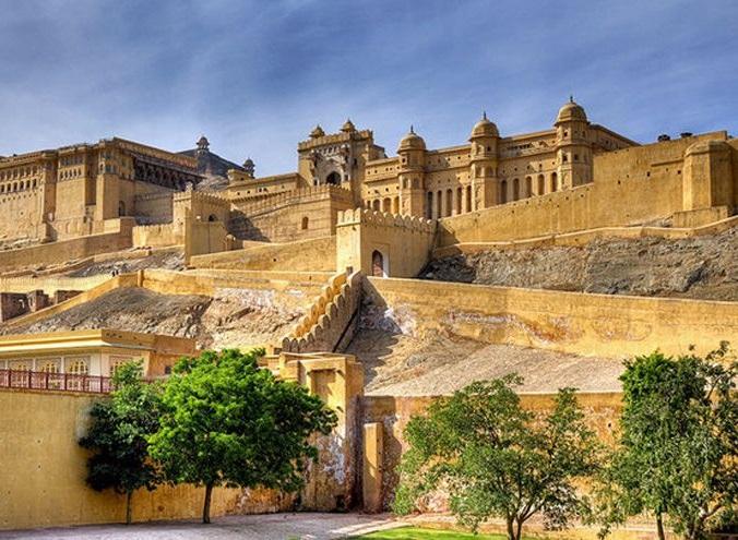 قلعه عامبر