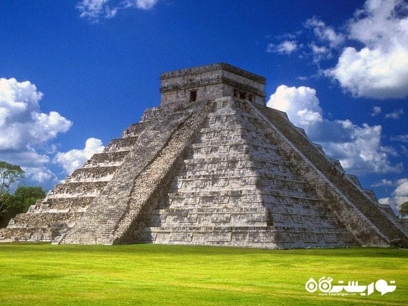 مکزیک ، شهر پیش از اسپانیایی زبان های چیچین ایتزا