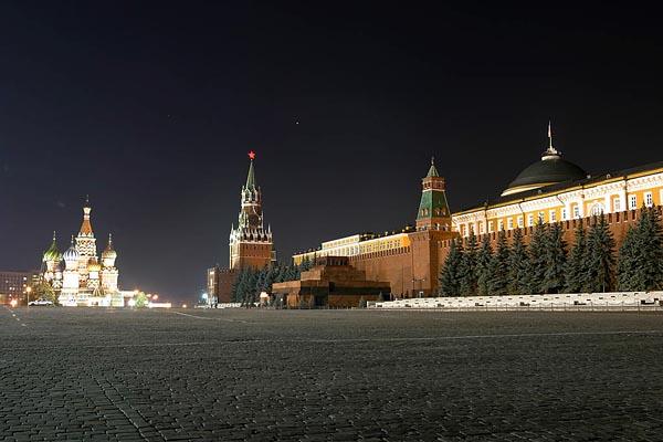 Red Square, Kremlin and Lenin's Mausoleum, Moscow, 2003-09 (C) Seiji Yoshimoto