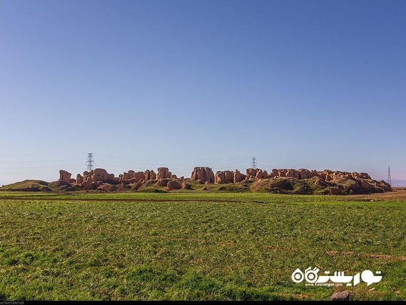 تپه های باستانی طرب آباد، نیشابور، استان خراسان رضوی
