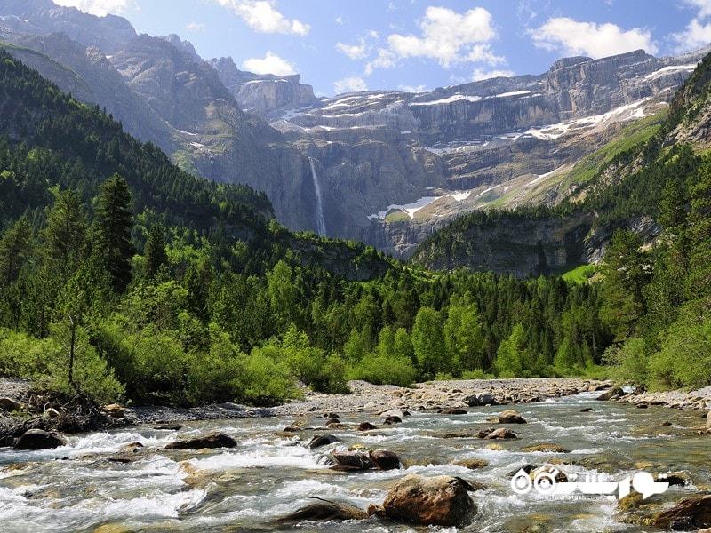 15- پارک ملی پیرنه (Pyrénées National Park)، فرانسه