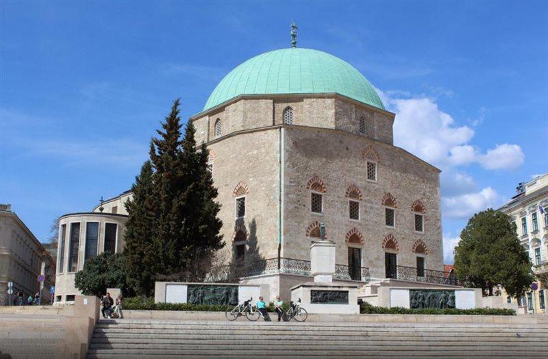 مسجد پاشا مجارستان