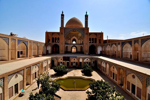 مسجد آقا بزرگ