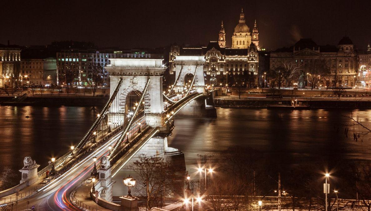 پل چین مجارستان