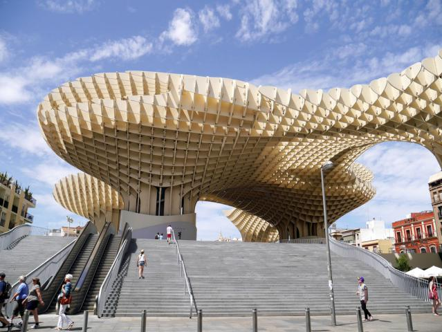 metropol parasol an architectural icon of seville 02 1024x769 - ۱۱ دلیل برای سفر به آندالوسیا