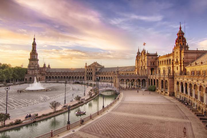 plaza espana seville 4 - سفرنامه آندالوسیا