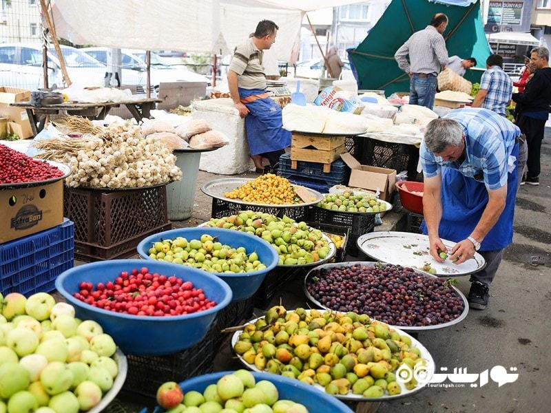3- قاسم پاشا و بازارهای مواد غذایی بومونتی