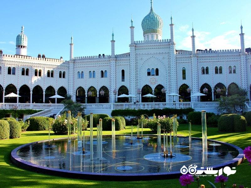 شهربازی تیوولی در کپنهاگ (Tivoli Gardens in Copenhagen) در کشور دانمارک
