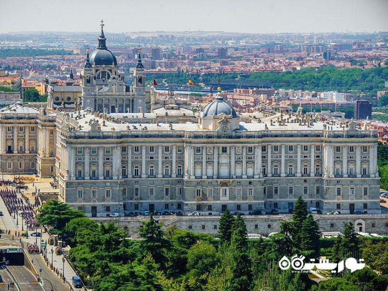 کاخ سلطنتی مادرید (Royal Palace in Madrid) در کشور اسپانیا