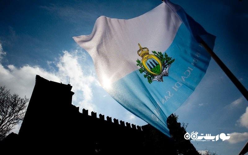 پرچم سان مارینو