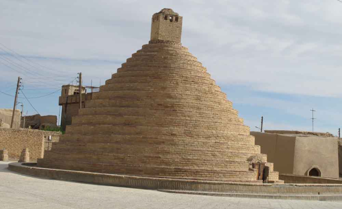 روستای بیابانک سمنان