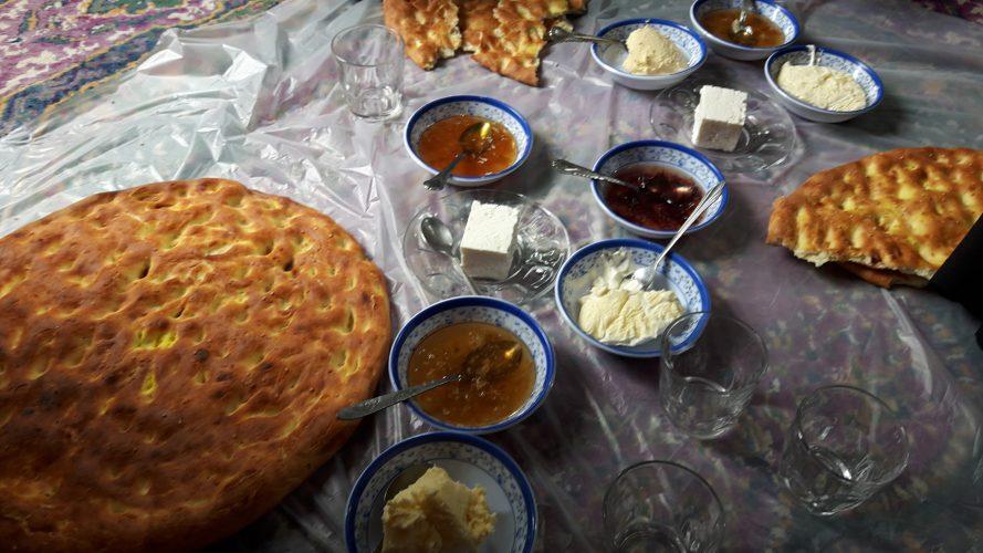 صبحانه در جواهرده